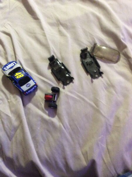 Darda LOWES #48 JIMMY JOHNSON NASCAR Chevy Race Car Motorized Parts Or Repair $8.00