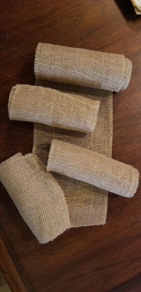 Burlap Rolls 9ft x 7quot; for weddings or crafts Lot of 4 rolls