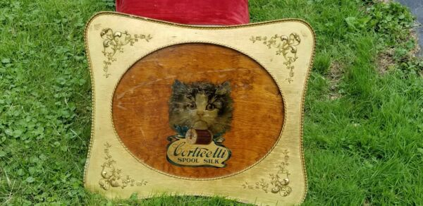 LARGE WOOD DOUBLE SIDED CORTICELLI SILK THREAD IN FRAME