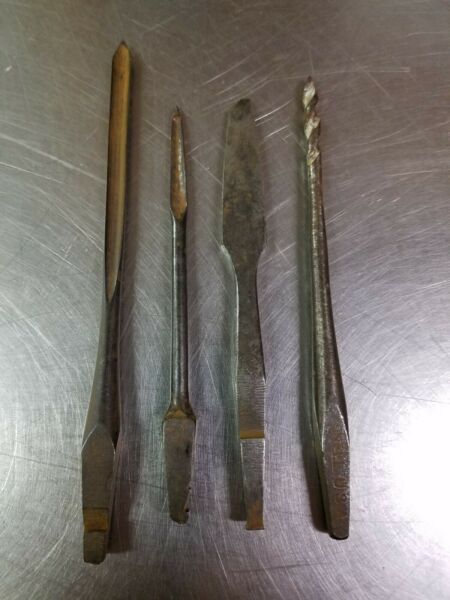 Lot of 4 Antique Notched Brace Bits Spoon Snell Gimlet D.E.Lather Screwdriver