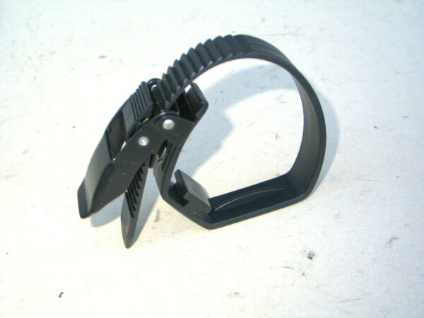 Thule bike rack strap Some Paint Chipping Tested and working $24.50