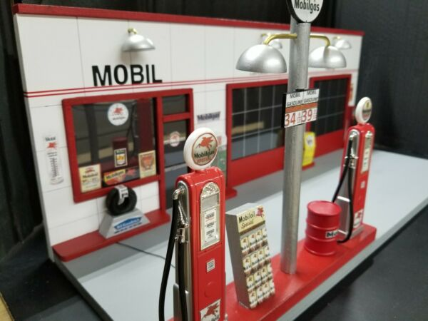 MOBIL GAS STATION FRONT W 2 PUMP ISLAND HAND CRAFTED 1:18TH SCALE DIORAMA $199.95