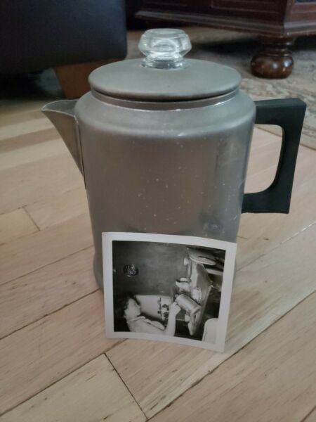 Vintage Comet Aluminum 8 Cup Percolator Coffee Pot camping fishing With Picture