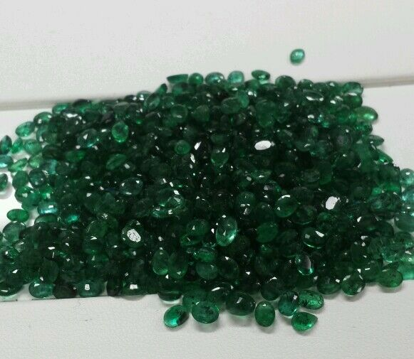 Loose Gemstones natural Emeralds 4x2 ov color .100.00 ct . Under cost $3 ct $300.00