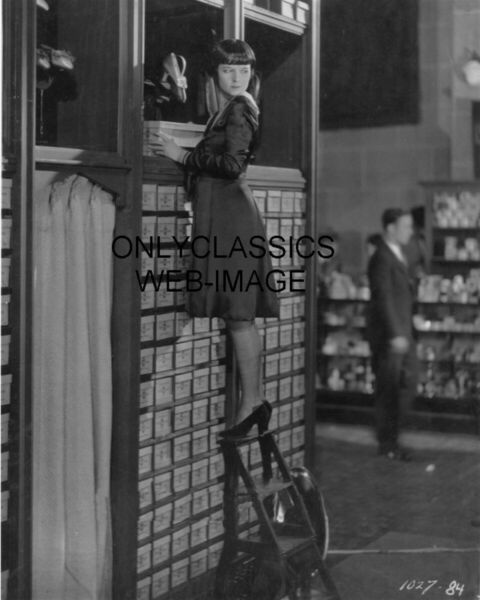 1926 Love Em and Leave Em SEXY HOT CUTE LOUISE BROOKS STOCKING STORE CLERK PHOTO