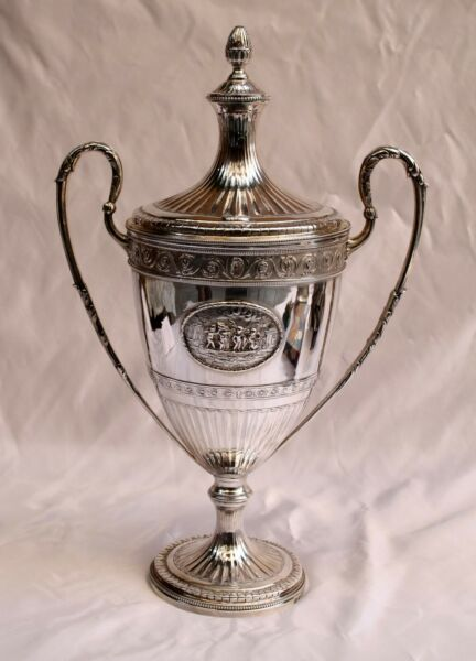 MAGNIFICENT 1787 GEORGIAN STERLING  SILVER CUP & COVER BY WILLIAM HOLMES