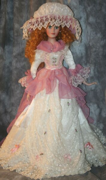 rM- COLLECTIBLE DOLL PERCELAIN TYPE 31