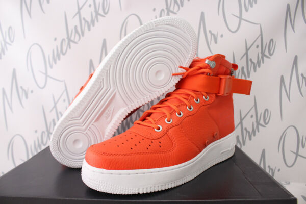 NIKE SF AF1 AIR FORCE 1 ONE MID SZ 9.5 FIELD BOOT TEAM ORANGE WHITE 917753 800