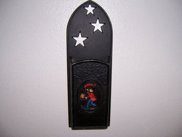 VTG EMIG FIREPLACE MATCH HOLDER w FIREMAN & STARS
