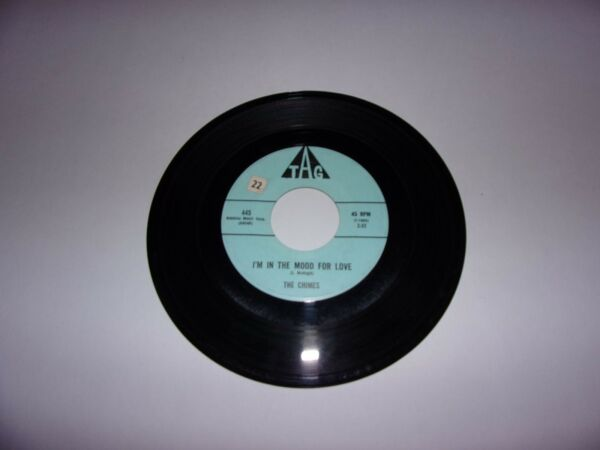 The Chimes: I'm In The Mood For Love  Only Love  45 Rpm  1961 Tag 445 Doowop