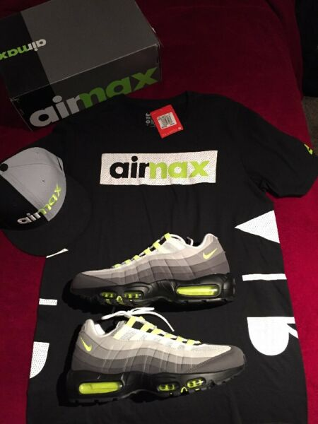 Nike Air Max 95 OG Size 11 + Matching T-Shirt & Snapback Hat DS Deadstock NEW