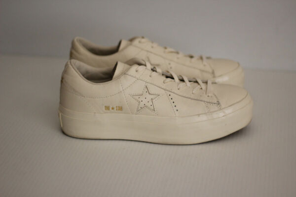 NEW Converse One Star Platform Leather Sneaker - White - Size 9US  (B95)