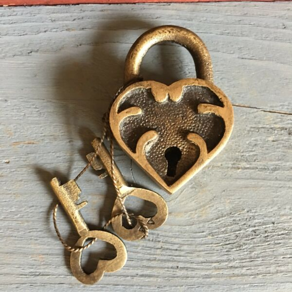"Ornate Heart Lock Solid Brass With Antique Finish And Two Keys 2"" X 1.25"""