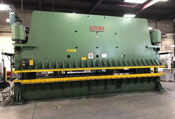 26 Foot Pacific Press Brake Model 500 - 26 SN 3597 500 Ton Great condition
