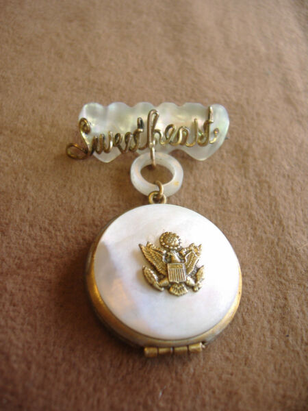 VINTAGE MILITARY SWEETHEART LOCKET PIN MOTHER OF PEARL