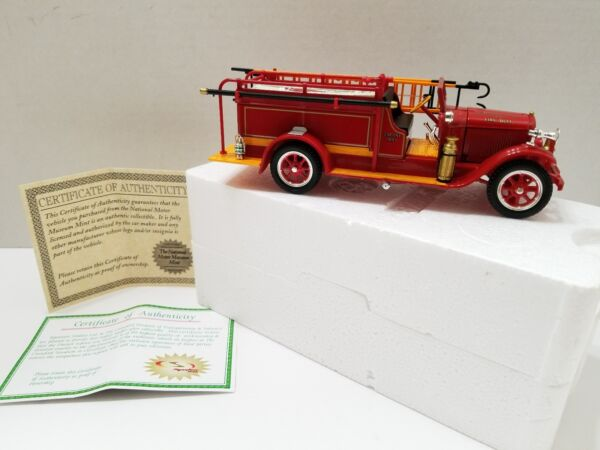National Motor Museum SIGNATURE MODELS 1928 REO FIRE ENGINE Truck Pleasant Plain
