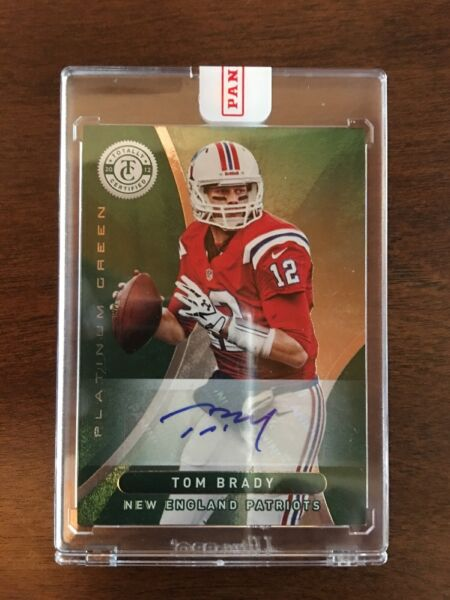 TOM BRADY 2012 TOTALLY CERTIFIED EMERALD AUTO 55 INVESTMENT 11 GOAT MINT