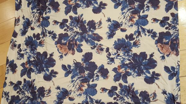 Spanish Viscose Running Fabric Blue Cabbage Rose Flowers  31'' x 16 8 6yards