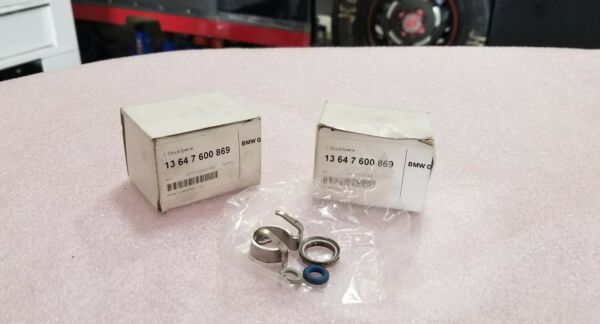 Two BMW Genuine Cylinder Fuel Injection  Sealing And Fastening R55 R55N R5