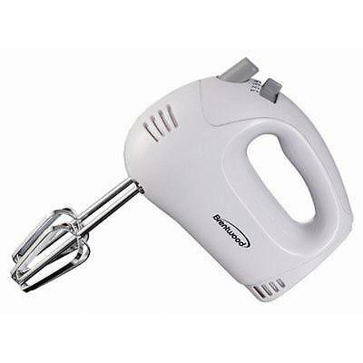 BRAND NEW Brentwood Appliances HM-45 5-Speed Hand Mixer - White