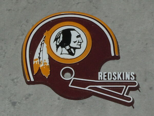 WASHINGTON REDSKINS Vintage NFL RUBBER Football FRIDGE MAGNET Standings Board