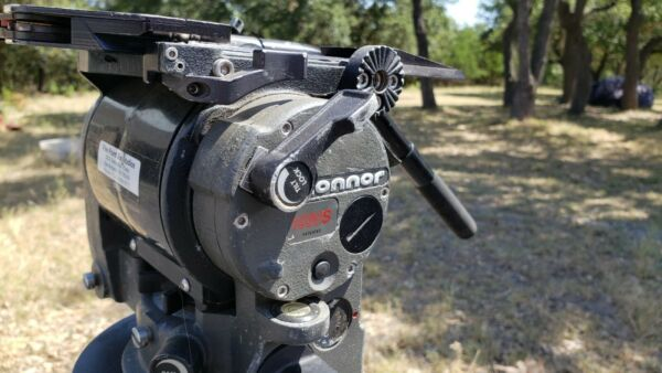 O'Conner 1020s fluid head and 35Lcarbon fiber tripod