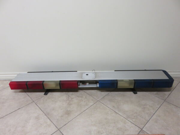 Whelen 9310NFSQ 9000 Series Edge 9000 Light Bar INCOMPLETE