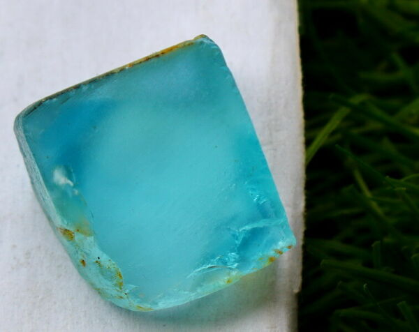 61.60 CTs 100% Natural ~ Superb Blue Topaz Rough