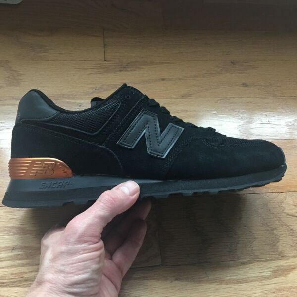 New Balance 574 NYC New York Marathon brand NEW SIZE 9 MENS shoe!