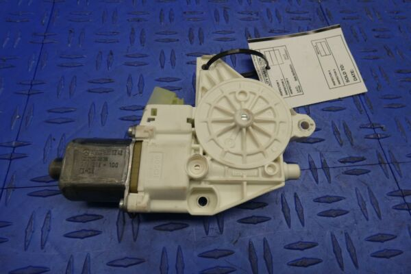 2011 - 2016 MERCEDES E350 W212 RH FRONT PASSENGER RIGHT DOOR POWER WINDOW MOTOR