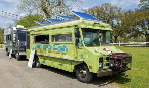 Used GMC P3500 24' Stepvan Kitchen Food Truck w Pro Fire Suppression System for