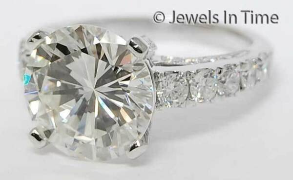 5.21 Carat Round Brilliant Diamond Ring (6) 18K White Gold w GIA Certificate