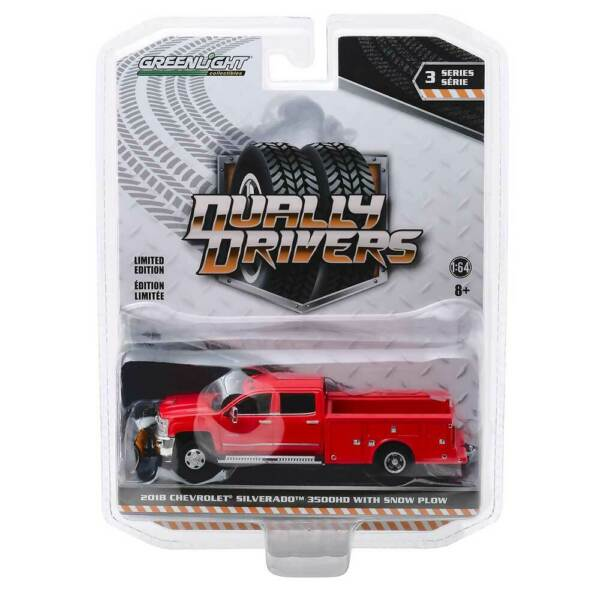 Greenlight Dually Drivers Series: 2018 Chevy Silverado with Snow Plow 164 Scale