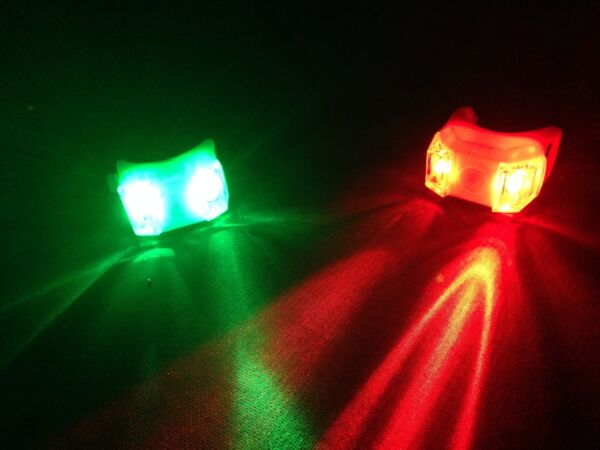 2 Pairs Portable Clamp On LED Green Red Navigation Marine Lights Boat Bow Safety $15.99