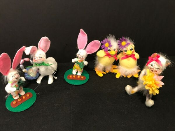 Set of Six Annalee Animals 3 bunnies 2 Chicks and a Skunk