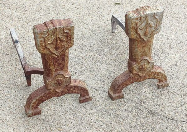 Set of 2 VTG Antique CAHILL Cast Iron Andirons Fireplace Log Holders Firedogs
