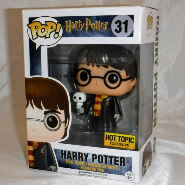 POP Harry Potter #31 Harry with Robes amp; Hedwig Hot Topic Exclusive NM
