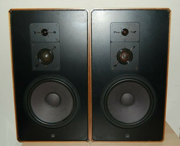 Pair of VINTAGE ADS A D S Model L880 Speakers