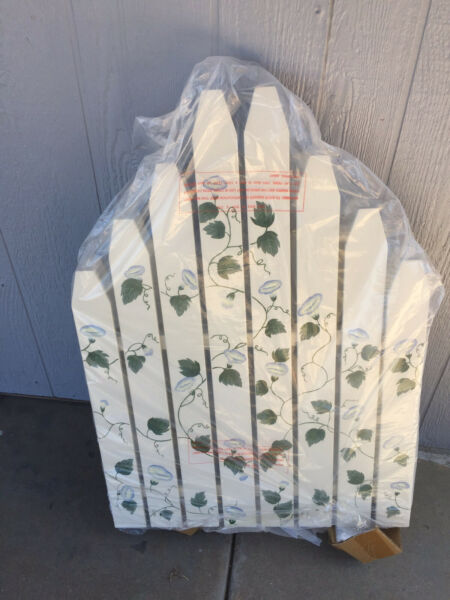 Thomas Pacconi Decorative Fireplace Screen white picket fence cottage green ivy