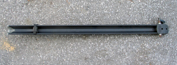 Thule Classic Fork Mounted Roof Bike Rack amp; Tray Good Shape $50.00