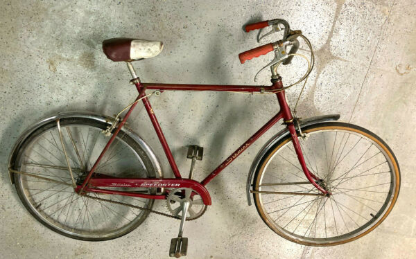 Schwinn 3 speed with chrome fenders original saddle and grips $300.00