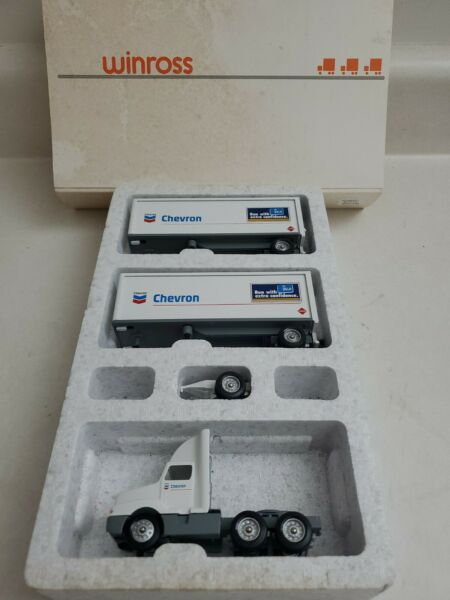 Winross Chevron Double Tractor And Trailer 1:64 $25.00