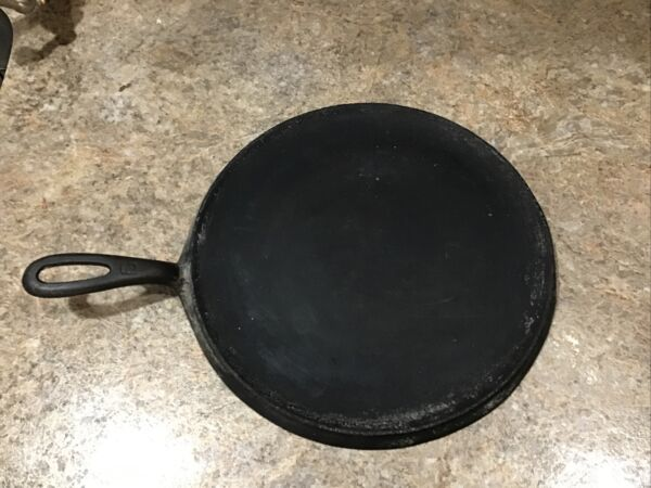 Grizwold No 9 Cast Iron Griddle
