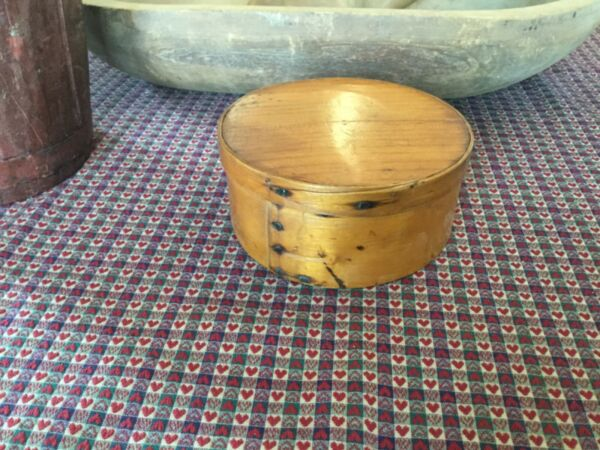 19th c. Small wood wooden pine Pantry Box excellent example