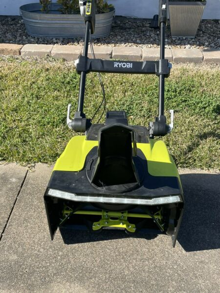RYOBI 21 in. 40 Volt Brushless Cordless Electric Snow Blower with Two 5.0 Ah