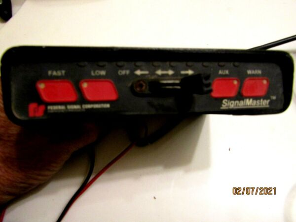 Federal Signal 331105 SERIES SIGNALMASTER LIGHT BAR CONTROLLER AMBER amp; MORE