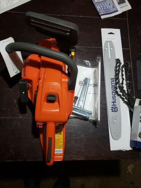 Husqvarna Chainsaw 439 New With 14quot; Bar And Chain $389.99