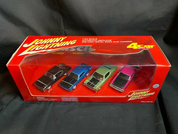 2001 Johnny Lightning Muscle Cars 4 Car Set New in Box $9.99