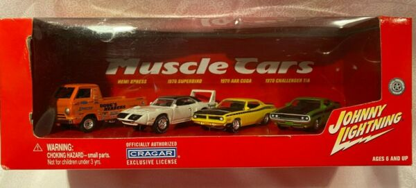 JOHNNY LIGHTNING MUSCLE CARS 4 CAR BOX SET BRAND NEW IN BOX $9.99