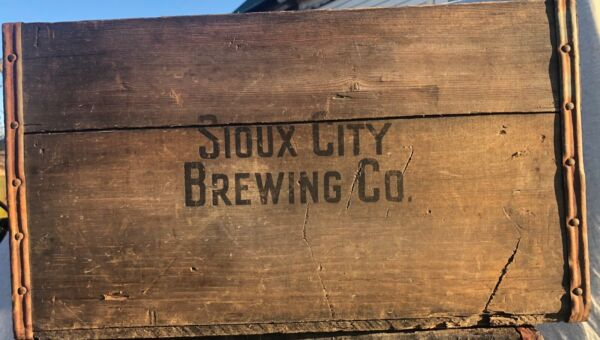 Vintage Antique Wooden Sioux City Beer Crate 4463 REDUCED